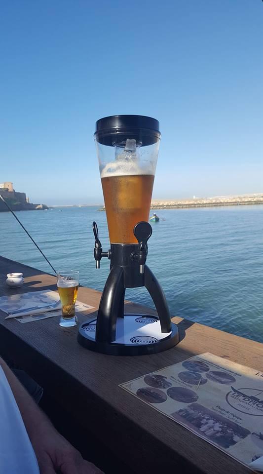Girafe 4 litres de bière